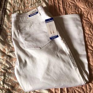 Nygard Skinny Crop Pants